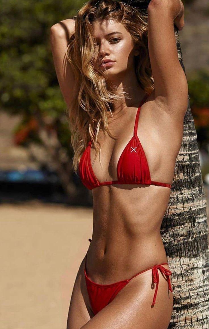 cosmo-bikini-girls