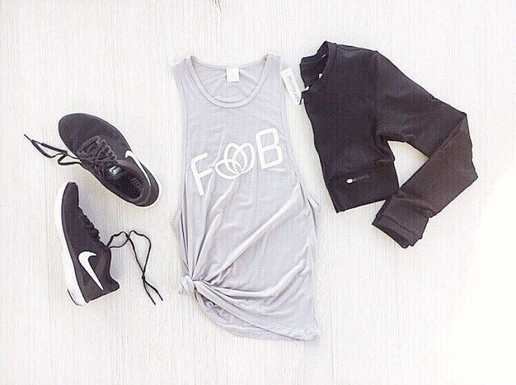 Workout outfit Inspo { Comfort Muscle Tee + Active Cropped Jacket } SHOP via link in our @femmebodyactive bio with AFTERPAY xx