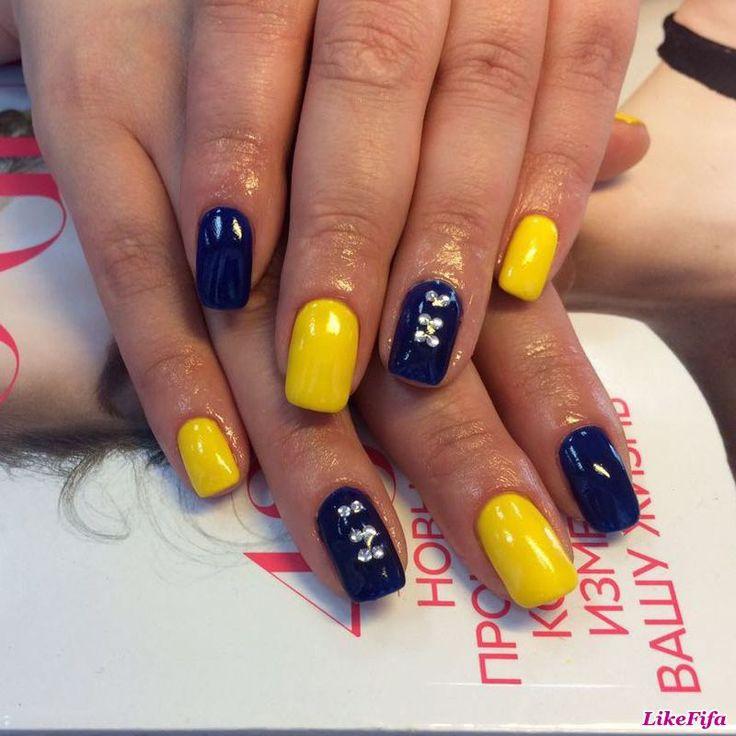 #маникюр, #маникюрзима2016, #дизайн_ногтей, #маникюр_с_декором, #маникюр_желтый_синий