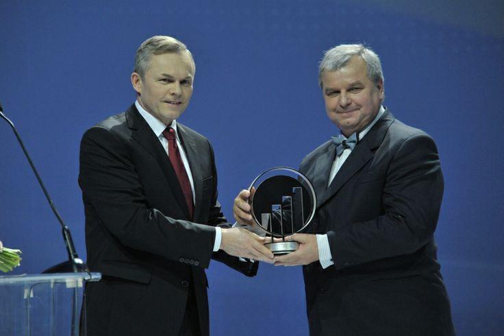 Statuetkę odbiera Joachim Siekiera, Chespa. EY Entrepreneur Of The Year 2013 Poland