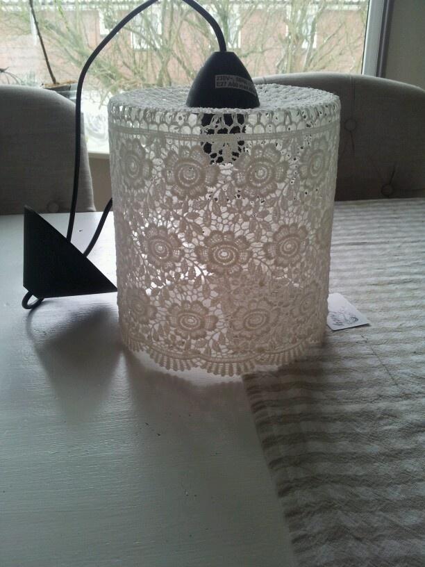 Mijn mooie kanten lamp!