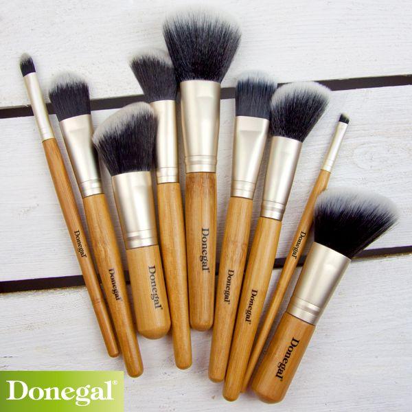 Pędzle Nature Gift by Donegal to idealny makijaż w kilka chwil.