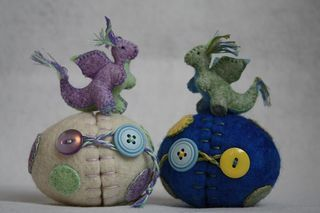 Baby dragons and their eggs. Love that closure on the eggs! What a great little present for Easter or a lover of magic :)