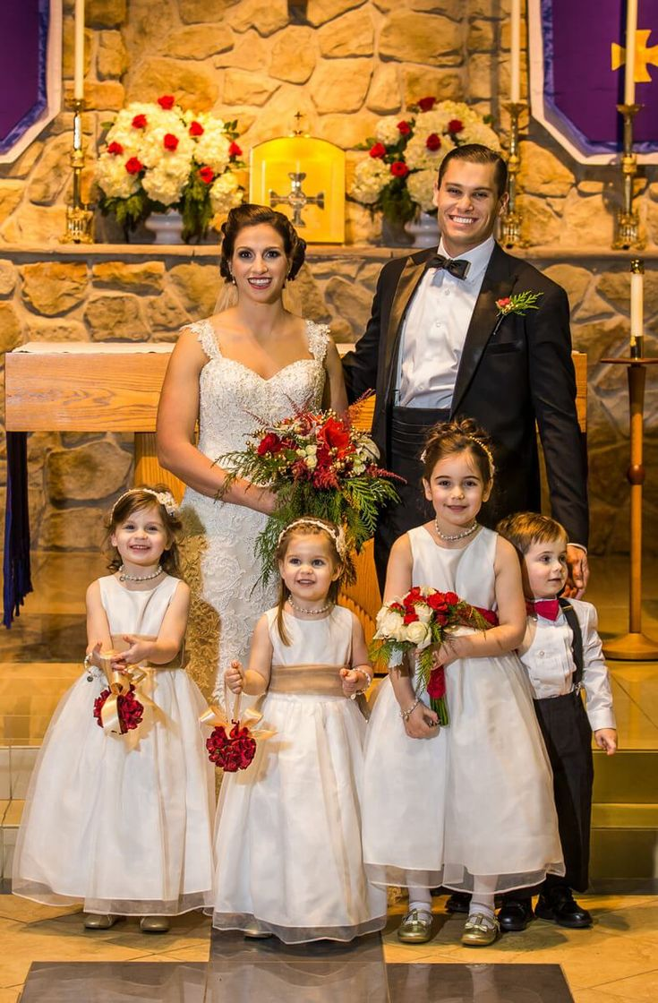 Philadelphia Christmas Inspired Wedding - Flower girls and ring bearer