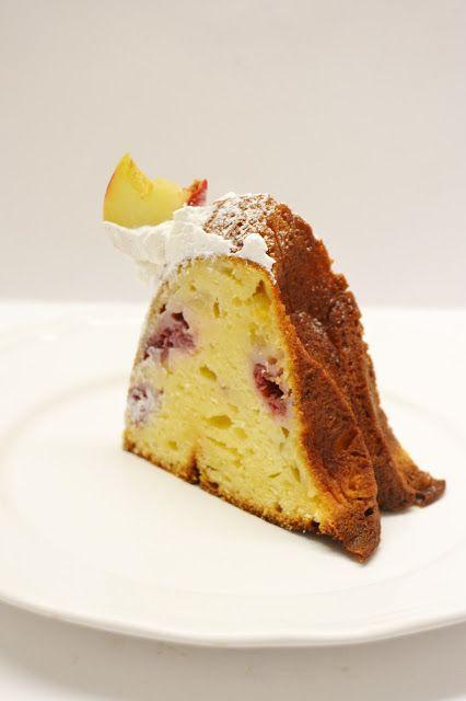Bolo Bundt de Pêssego Melba    Bundt Cake Peach Melba ~ Sabores da Alma