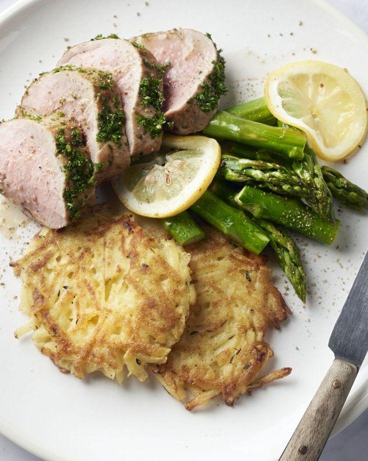 Varkenshaasje is het meest malse stukje vlees van het varken. Ideaal voor dit heerlijke gerechtje met frisse groene asperges en krokant gebakken rösti.
