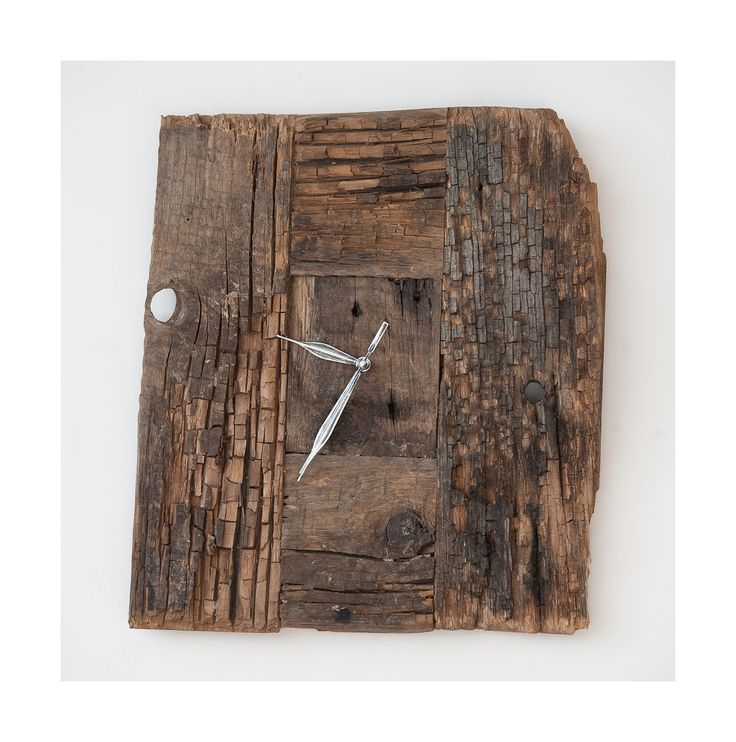 Model no 16 *). Aged wood is a beautiful way to add character to your home or garden. Developped naturally. Pine wood. Size: 36 cm x 31 cm.