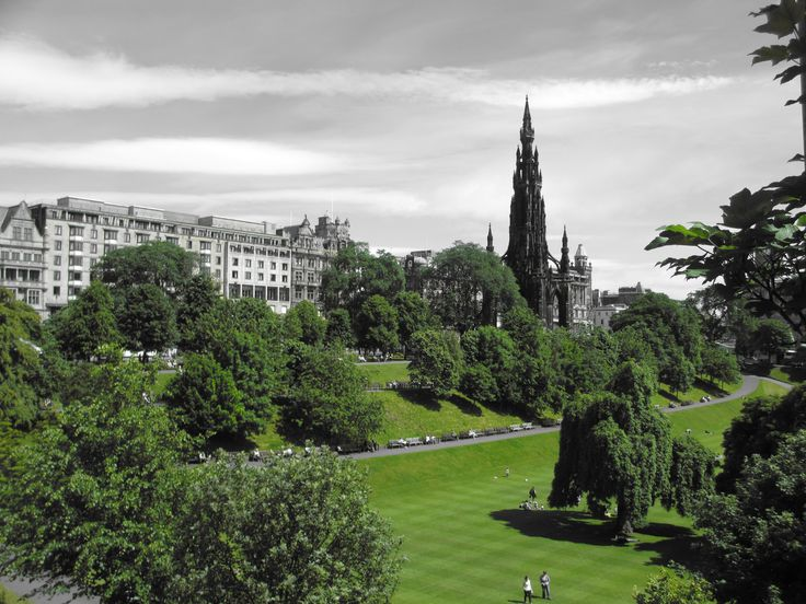 Princes Street Gardens in July... Heaven for outdoor readers like myself