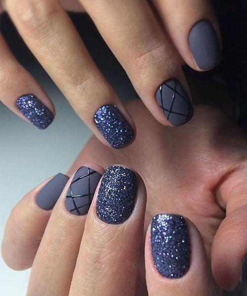 Cute Glitter Nail Art Designs for An Elegant Look