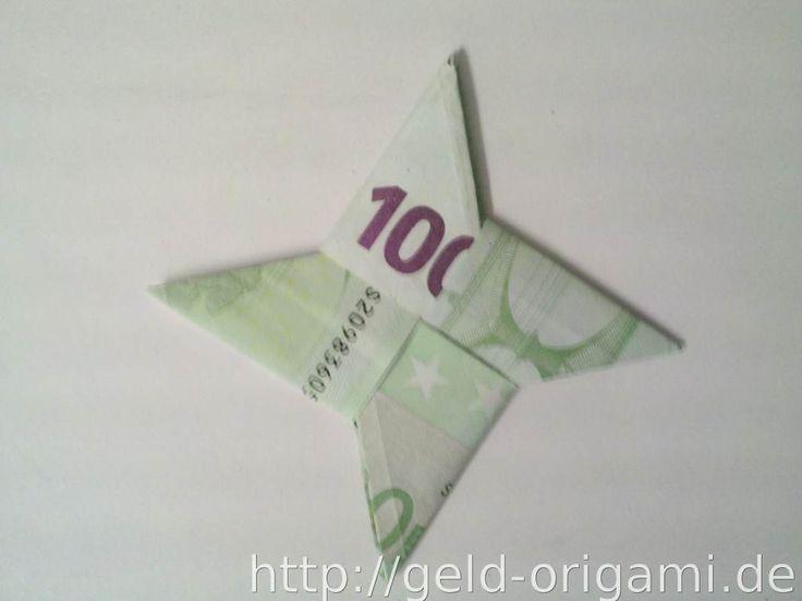 Geldgeschenk: ein Origami-Stern aus zwei Geldscheinen gefaltet