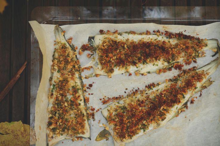 Przepis - pieczony filet z dorsza z orzechową kruszonką |