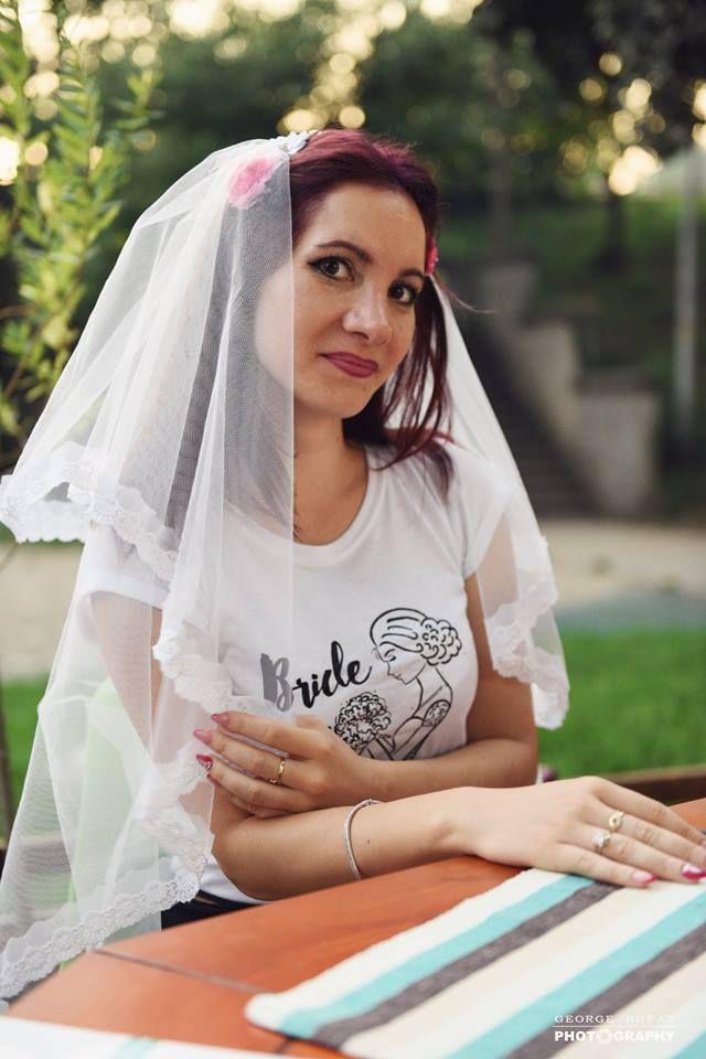 Bride to be: http://www.tshirt-factory.ro/burlaci-si-burlacite/bride-to-be_5500/ #bridetobe #tshirtfactory #tricoumireasa #mireasa #nunta #wedding #bride