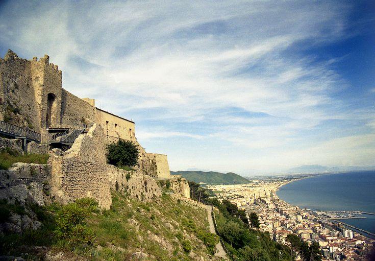 Castello Arechi e Golfo di Salerno