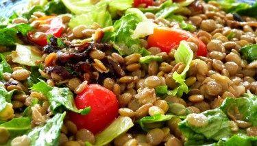 Salada colorida de Lentilha com molho especial