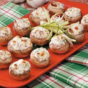 Bacon-Stuffed MushroomsStuffed Mushrooms Recipe, Mushroom Recipes, Baconstuf Mushrooms, Cream Cheese, Bacon Stuffed Mushrooms, Appetizers, Bacon Recipe, Green Onions, Chees Stuffed Mushrooms