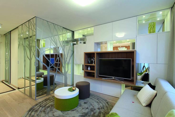 9 idėjos, kaip įsirengti miegamąjį svetainėje