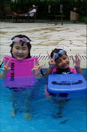 Learntoswim.com.sg provides Singapore Swimming Club for all swimmers. We were going to start new batches for you.