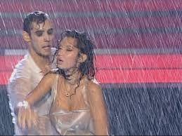 Imagini pentru nicoleta luciu dans in ploaie