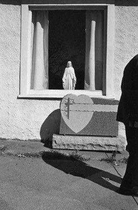 Eva Rubinstein, Man Passing Blank Gravestone, Northampton, 1975