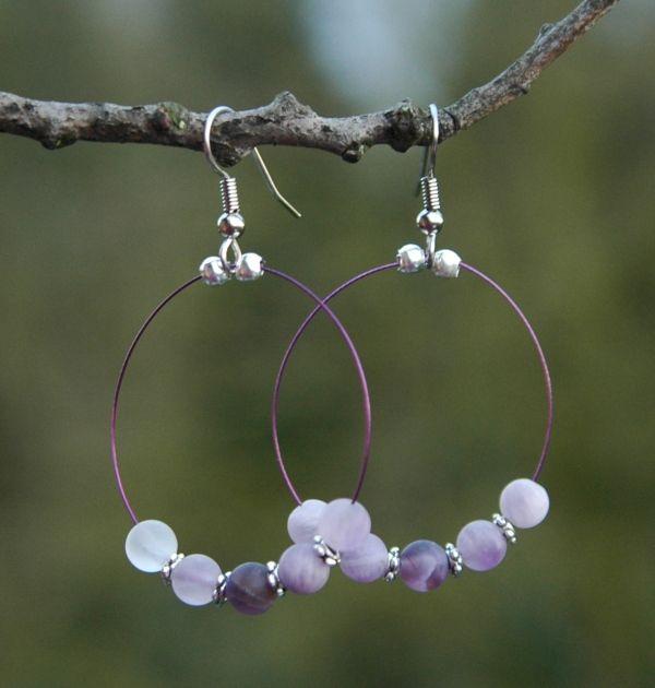 Zelf #oorbellenmaken met edelstenen kralen en staaldraad, tip van #kralenkwarts!