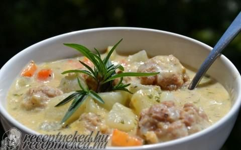Zöld fűszeres karalábé húsgombóccal recept fotóval