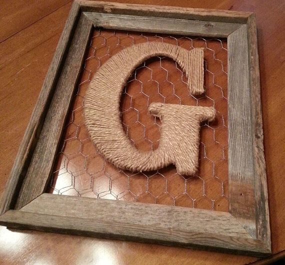 Rustic Barnwood Frame with Twine Initial - finally have an idea how to fill the big empty frame that's hanging on my wall!