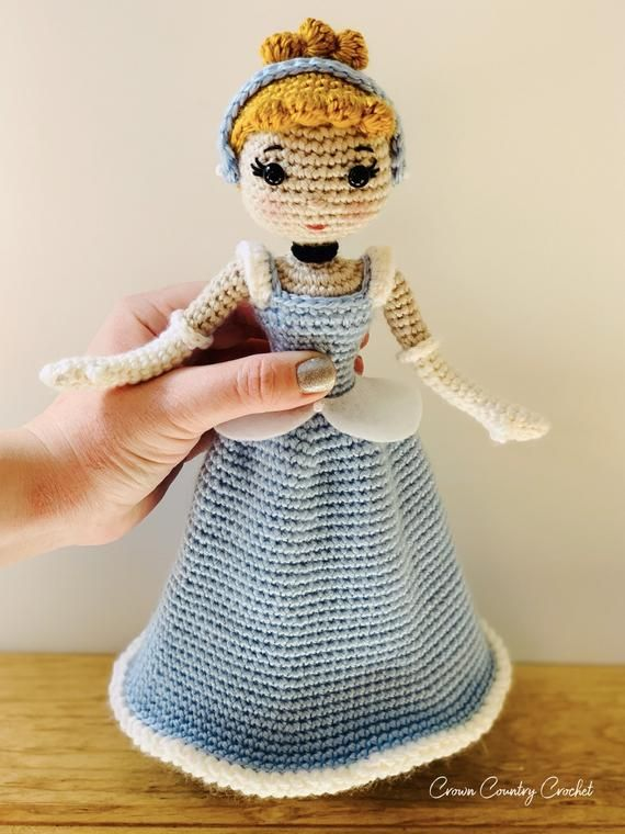 Crochet miniature Cinderella Two dolls in one. Amigurumi ...   760x570