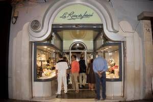 Tienda La Rosa de Jericó. Pastelería asociada a www.apanymantel.com en Valencia capital.