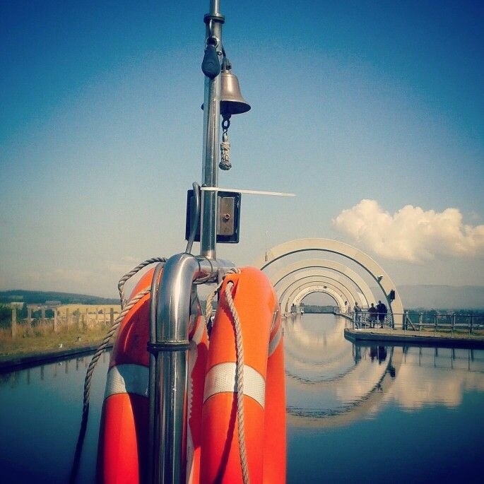 Sailing high (Falkirk, Scotland)