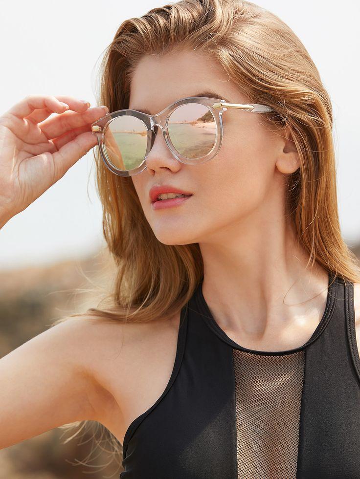 Модные зеркальные солнечные очки