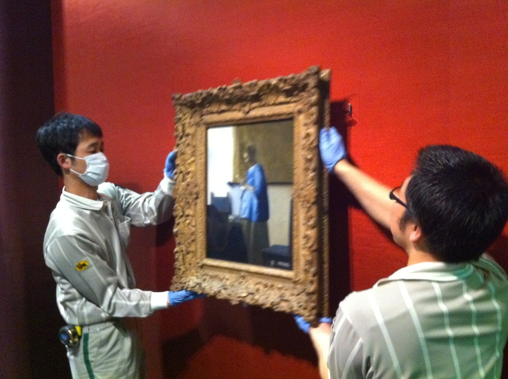 Lady in Blue by Vermeer, on her way back from Japan to the Netherlands. Now on show in the Rijksmuseum. www.rijksmuseum.nl