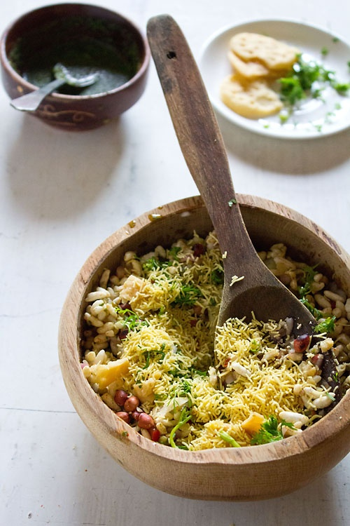 Bhel Puri - very easy to prepare and absolutely delicious Indian snack.