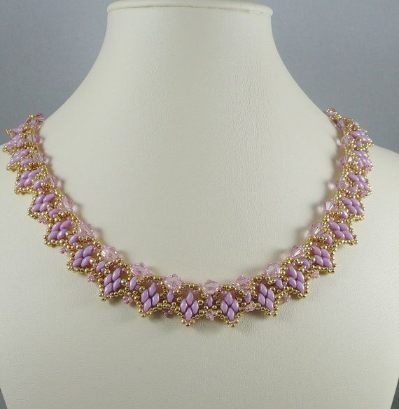 Woven Twin Bead Necklace Pink and Gold by IndulgedGirl on Etsy - lyslilla superduo el. twin - lyslilla bicones og guld seed - smuk