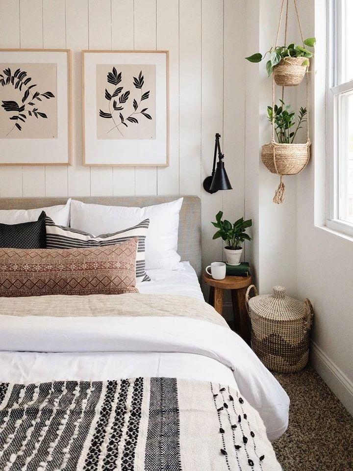 Room Ideas Bedroom, Home Bedroom, Neutral Bedroom Decor, Simple Bedroom Decor, Modern Boho Master Bedroom, Scandinavian Bedroom Decor, Boho Chic Bedroom, Natural Bedroom, Eclectic Bedroom Decor