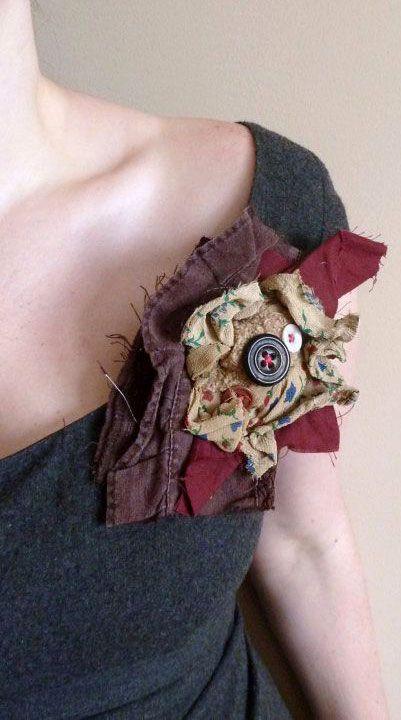 Текстильная брошь в стиле бохо - etsy.com
