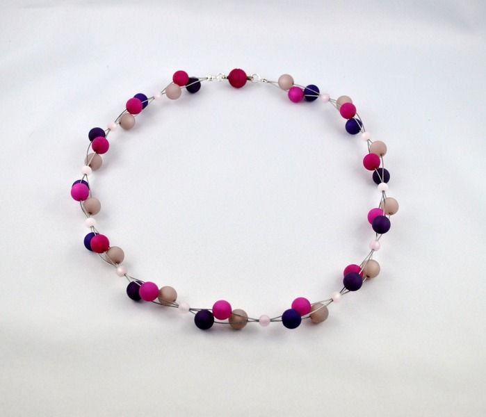 3 Strang Kette mit Polaris Perlen in beeren-tönen von mia's dekostube auf DaWanda.com