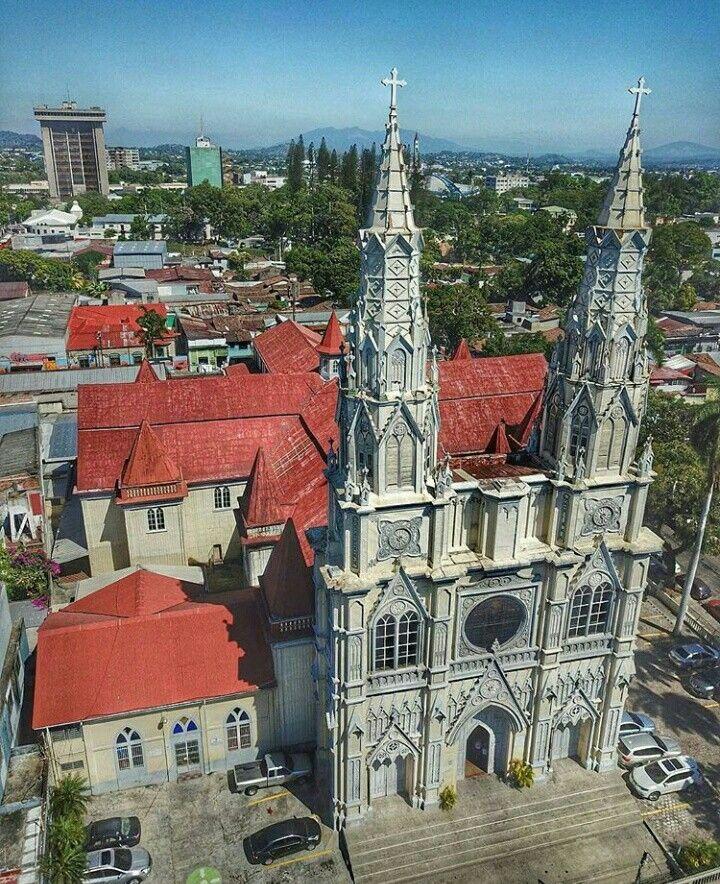 Basílica Del Sagrado Corazón De Jesús San Salvador El Salvador Centro América San Salvador Tourist Places Cathedral