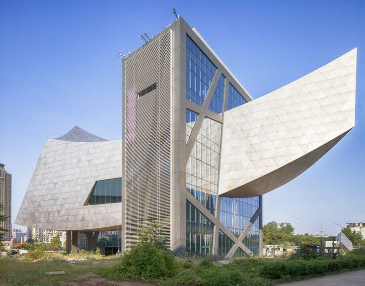 Located in the steelmaking capital of eastern China,The Zhang Zhidong and Modern Industrial Museum, was designed to balance three narrative themes within an integrated building and landscape. The three themes, each of which have a dedicated floor, are: the life of Zhang Zhidong, a 19th-century leader in government who inspired the movement towards modernization that established the steel industry in Wuhan; the steel industry; and the history of the city of Wuhan. At the turn of the 20th…