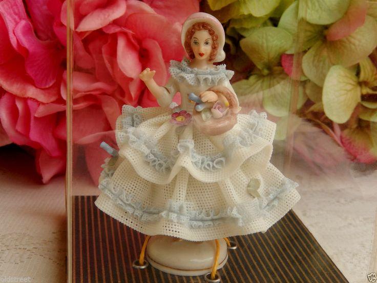 vintage dresden lace porcelain figurine sandizell h ffner. Black Bedroom Furniture Sets. Home Design Ideas