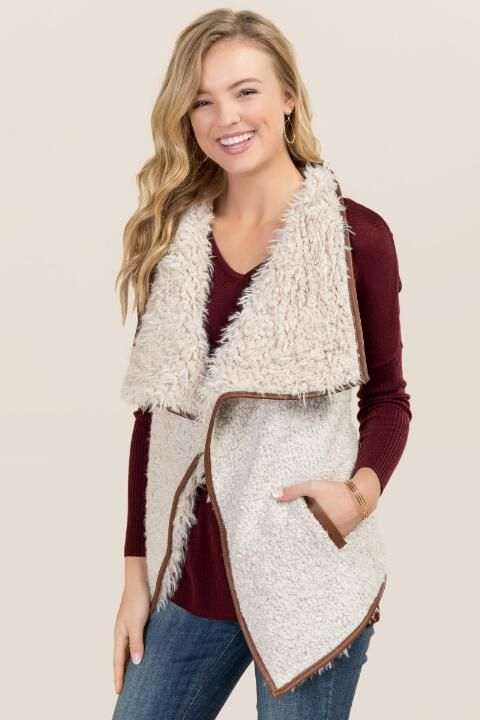 Andrea Sherpa Vest-Taupe