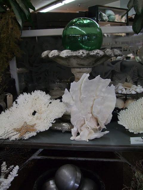 ...: Tg Interiors, Sea Shells, Beach House, Blog Tips, Ocean Decoration, Seashells Decor