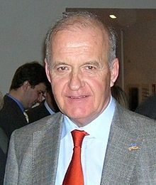 Götz Wolfgang Werner (* 5. Februar 1944 in Heidelberg) ist Gründer und Aufsichtsratsmitglied von dm-drogerie markt, dessen Geschäftsführer er 35 Jahre lang war.