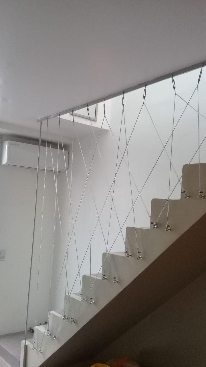 Escada e perfil de cabos de aço com tensores industriais   – Treppe