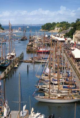 Le port-musée de Douarnenez.   Finistère Bretagne   #myfinistere