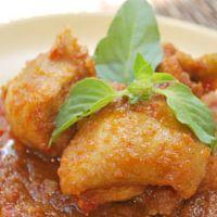 Ayam Bumbu Bali merupakan makanan Indonesia yang pastinya enak dan lezat. Pembuatan ayam bumbu bali ini cukup mudah koko untuk dilakukan dirumah. Sista bisa membuatnya sendiri dengan mengikuti bahan bahan dan langkah langkah pembuatannya dibawah ini. Jangan lupa sista juga mencoba resep lainnya yang tak kalah enak dan lezat