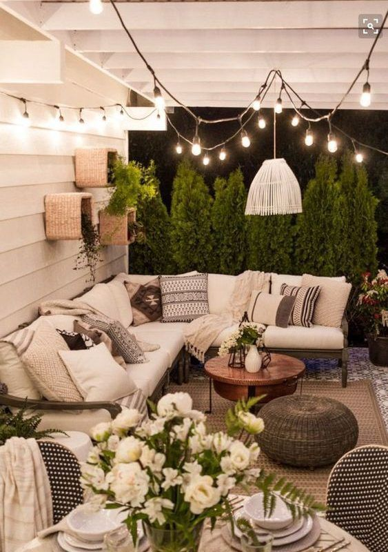 I Love This For A Seating Area In The Covered Front Side Patio Area Remodelingthelivingroom Outdoor Rooms Summer Living Room Decor Patio Design