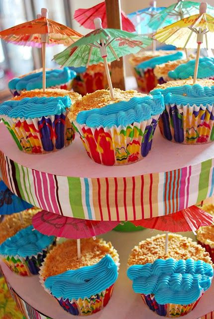 beachy cupcakes!