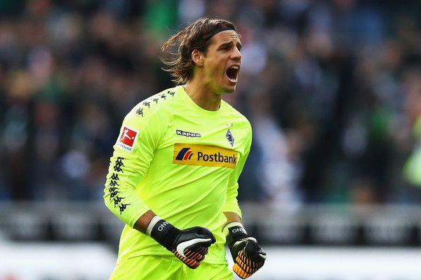 Yann Sommer Photos Photos Borussia Moenchengladbach V Bayer 04 Leverkusen Bundesliga Bayer 04 Leverkusen Goalkeeper Match