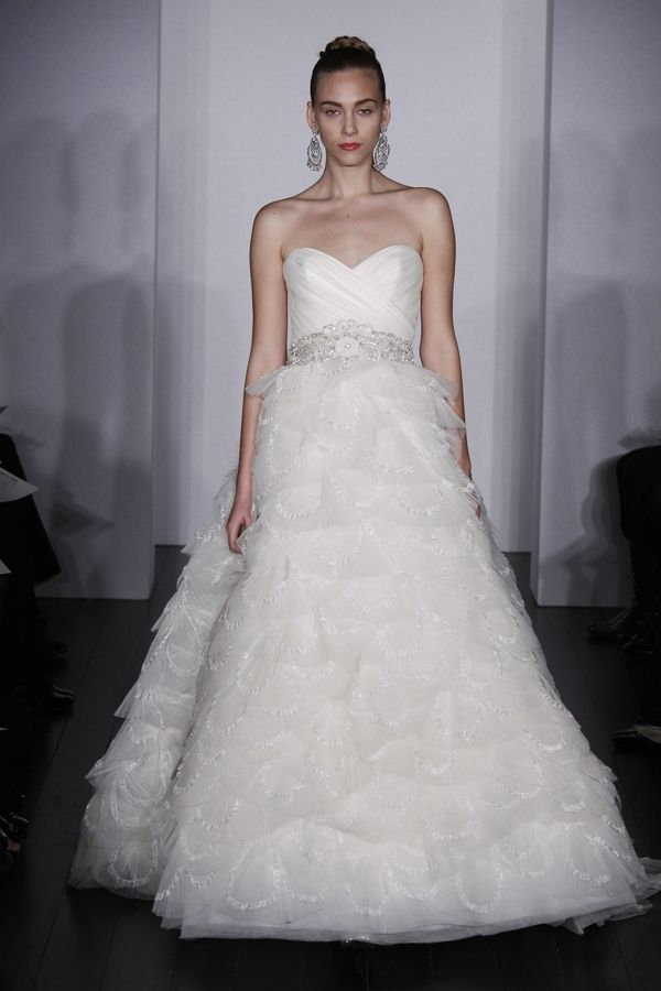 Ribbon tiered wedding dress