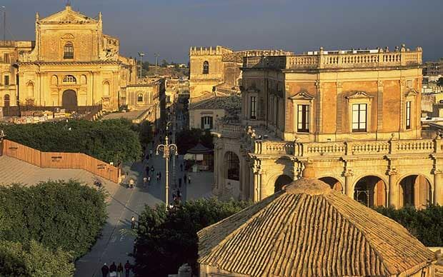 Fiona Duncan offers an essential cultural guide to Noto, a Sicilian Baroque   town built in the wake of a 17th-century earthquake.